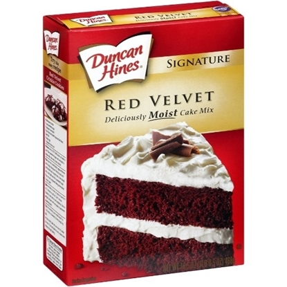Picture of Duncan Hines Signature Red Velvet Cake Mix  468GM