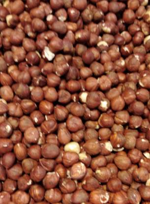 Picture of Hazelnuts with Shell-per kg